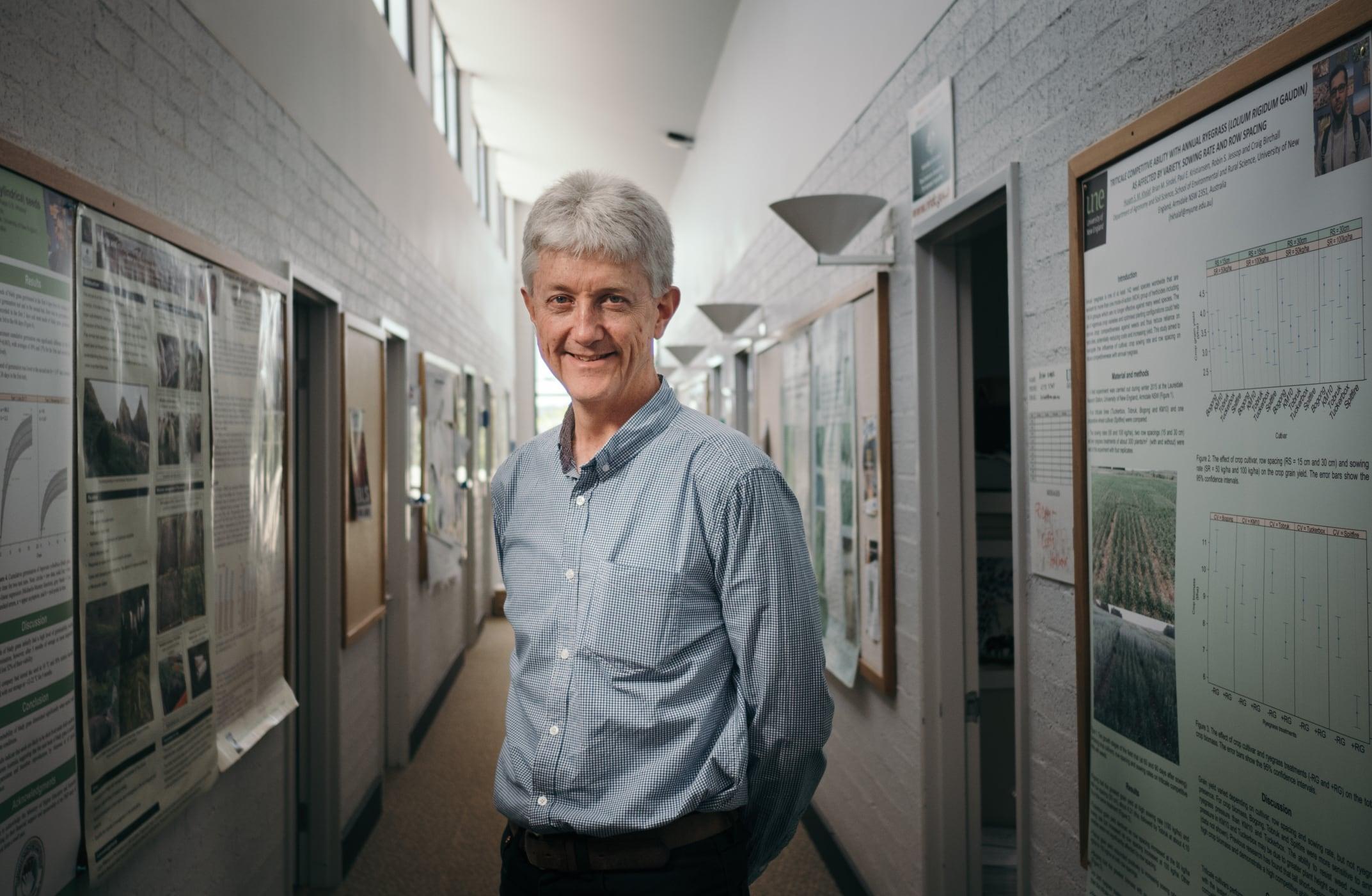 Prof Brian Sindel
