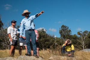 UNE researcher, Dr Mark Trotter, on trip with students to the UNE Kirby-Newholme farm