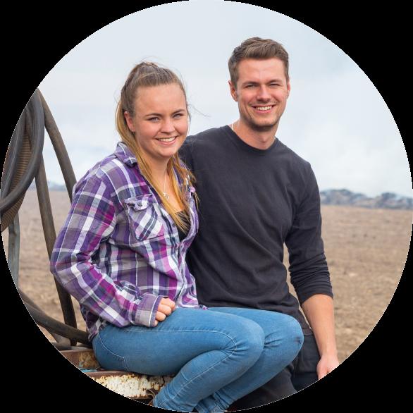 https://www.une.edu.au/__data/assets/image/0007/275254/Farming_Futures_Hero.png