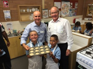 Minister Adrian Piccoli and Prof Jim White visiting a Connected Communities School