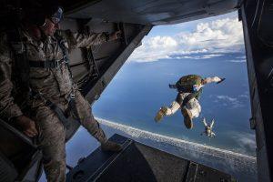 parachute-skydiving-parachuting-jumping-128880