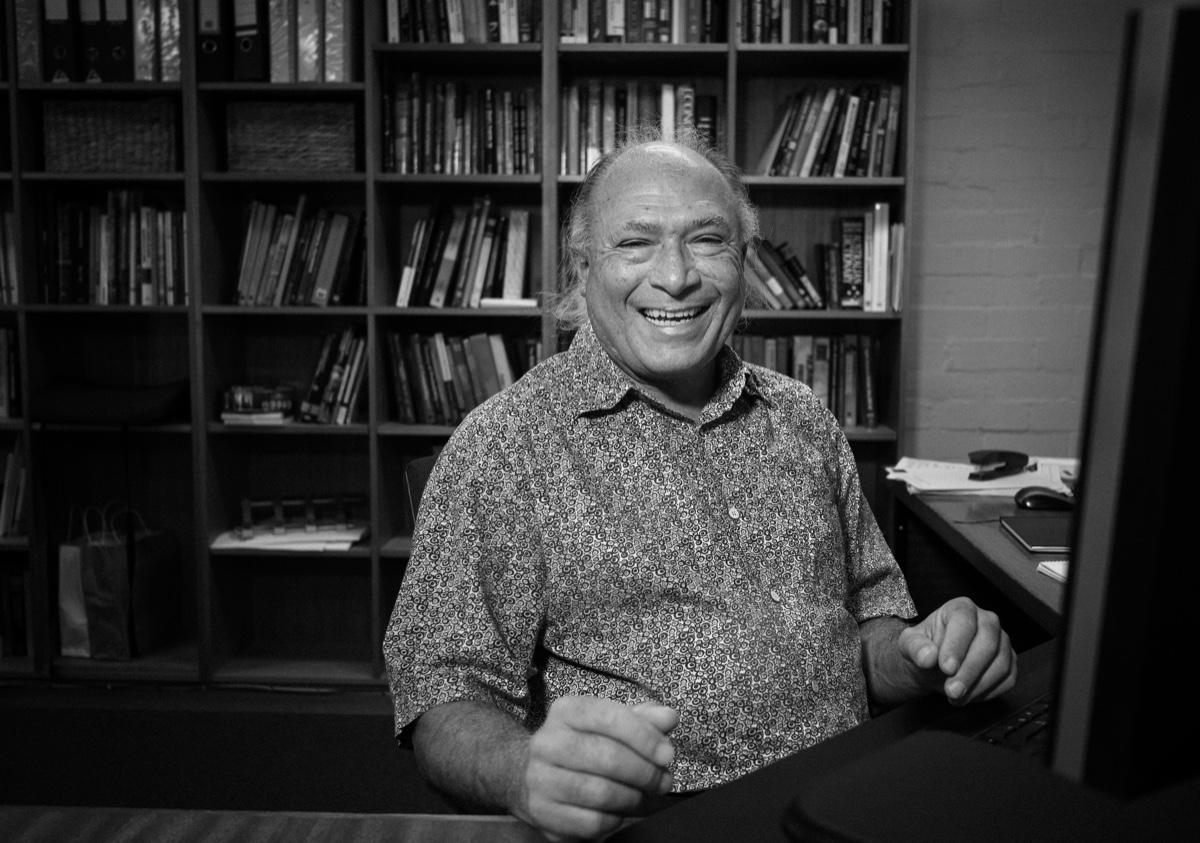 Professor Oscar Cacho