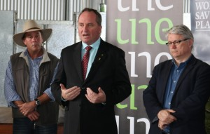 SMART Farm manager Paul Arnott, Minister Barnaby Joyce and Professor Iain Young from ERS